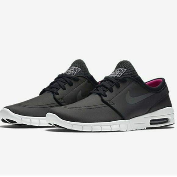 classic fit f99fa 79d2f Nike SB Stefan Janoski Max L Sport Athletic Shoes.  M 5ab0b5d02ae12f2f56f89c04